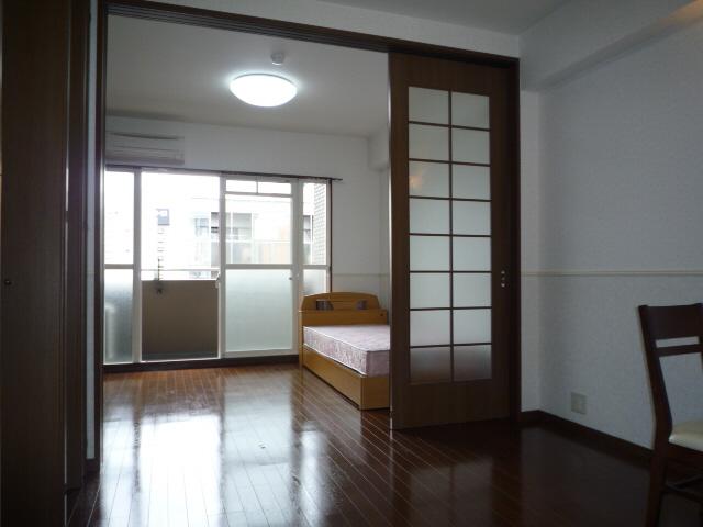 物件番号: 1068122700 エストリーヴルⅡ 大阪市淀川区東三国5丁目 1DK マンション 写真3
